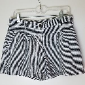 Vince Camuto High waist shorts